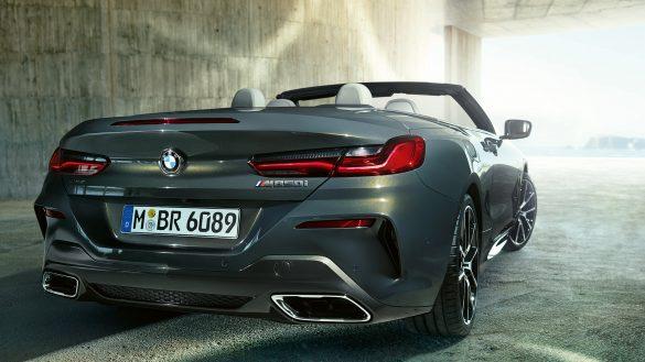 BMW 8er Cabrio Heck von rechts